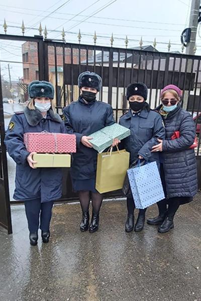 УФСИН России по Республике Дагестан организовало благотворительную акцию по оказанию помощи лицам без определенного места жительства, находящимся в комплексном социальном центре