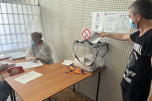 В учреждениях уголовно-исполнительной системы Республики Дагестан прошли выборы депутатов Госдумы РФ восьмого созыва и депутатов Народного собрания РД седьмого созыва